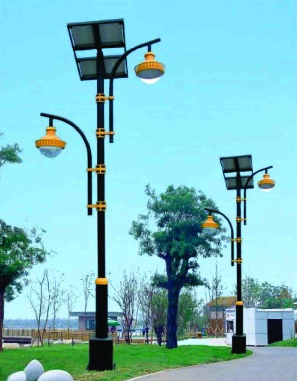 Lampu Taman Tenaga Surya Type 77002
