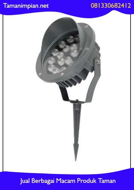 Membuat lampu sorot taman
