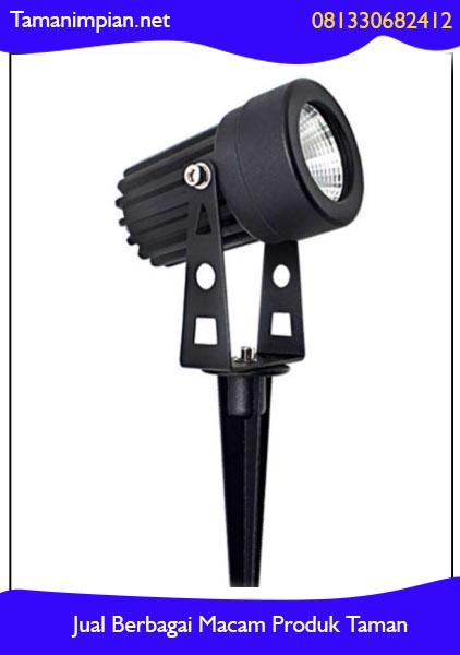 Rekomendasi lampu sorot taman